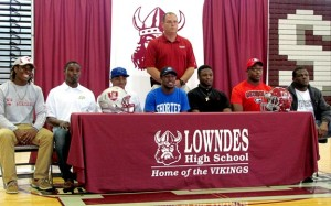 Lowndes-Signees